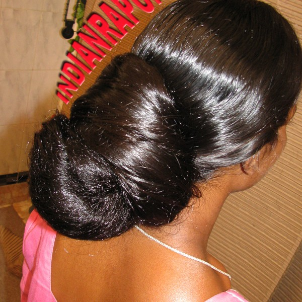 long hair oiling and combing
