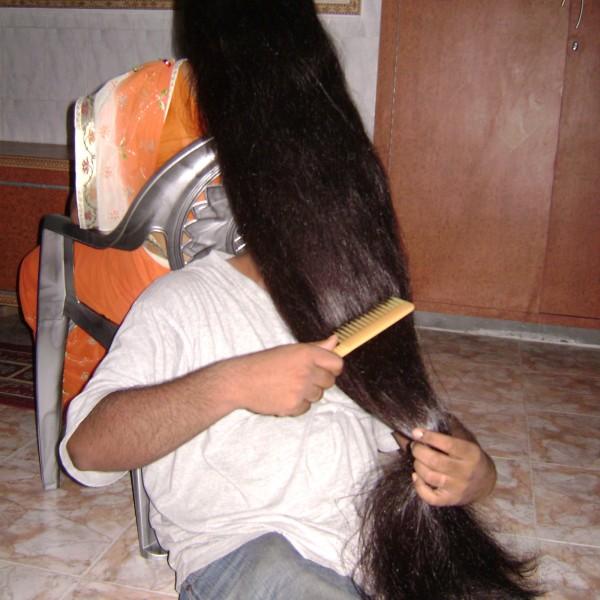 long hair oil massaging