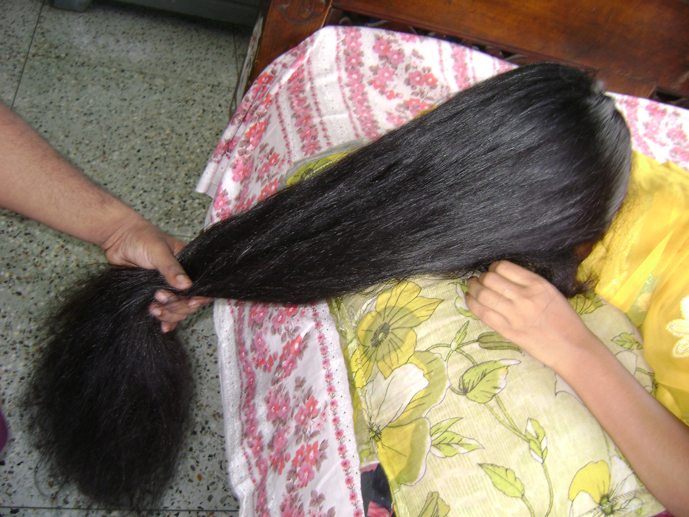 Indian Hairjob Aunty