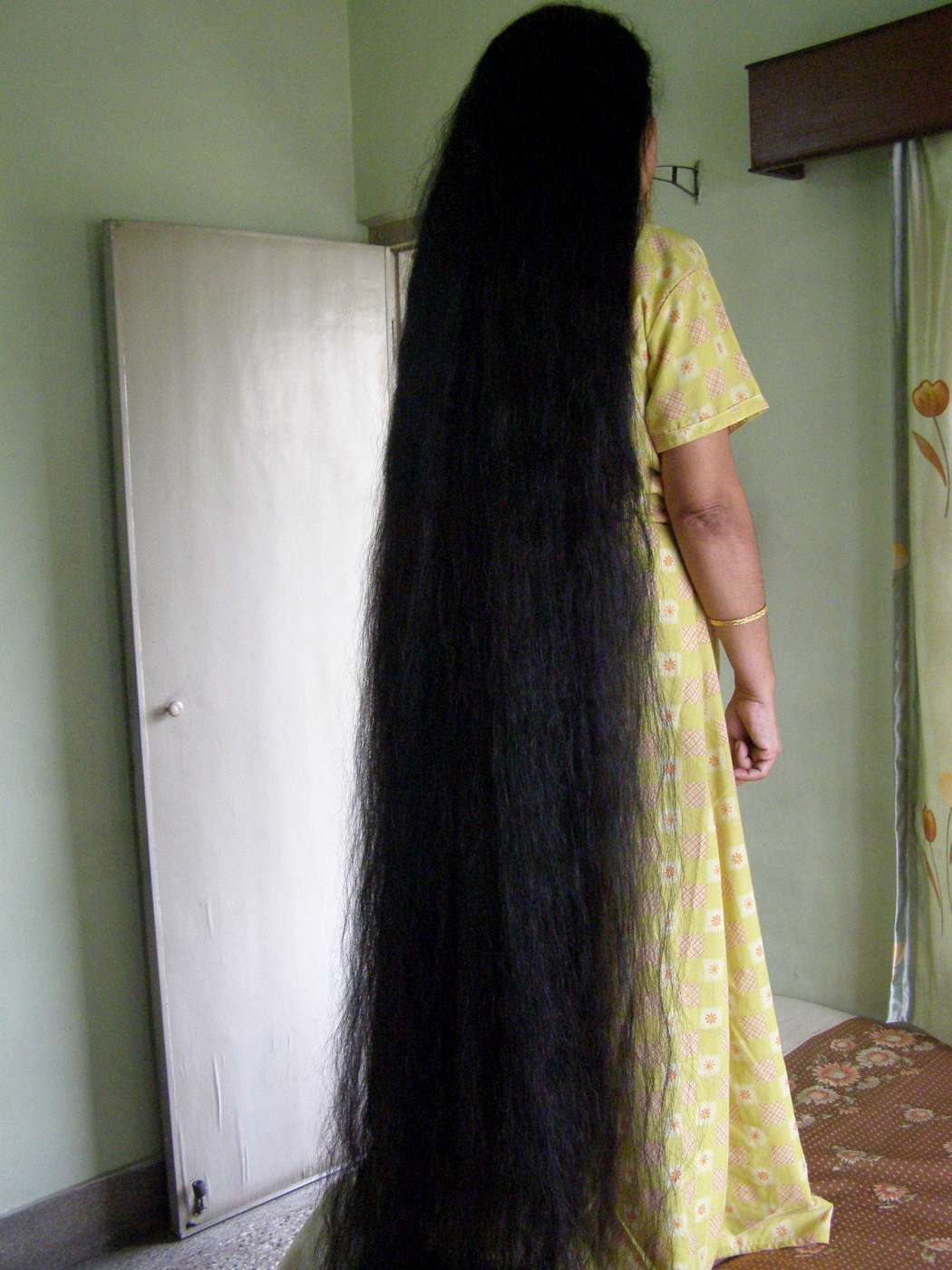 floor length hair photos