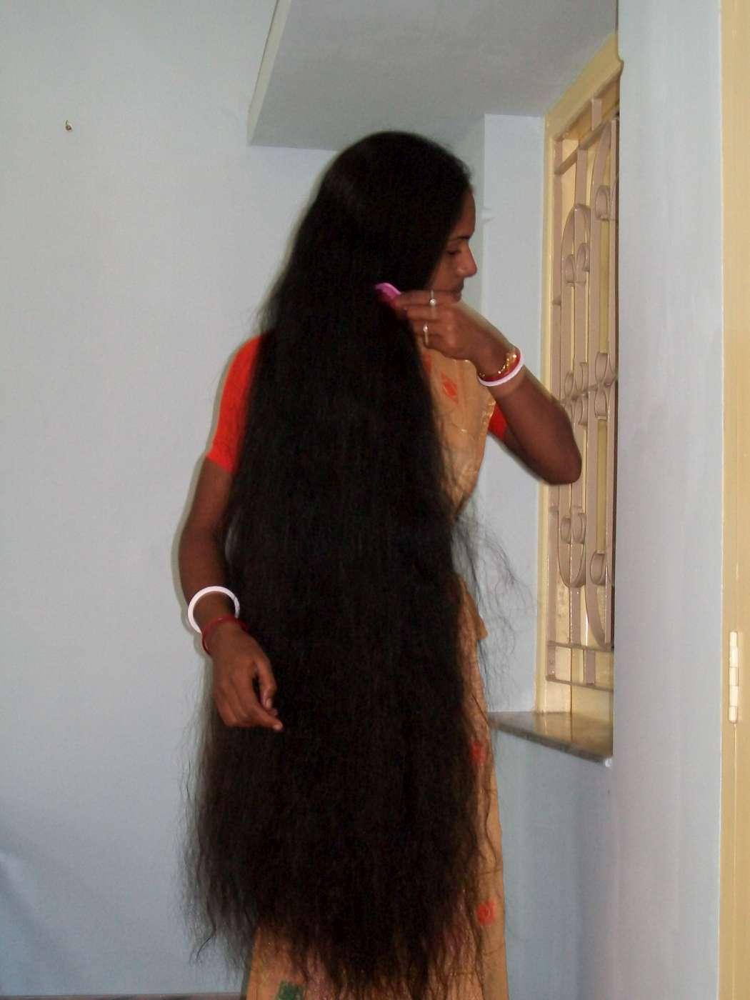 knee length hair photos