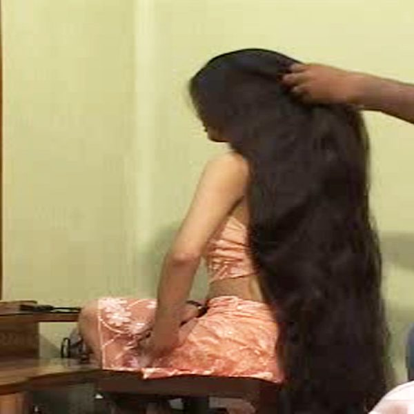 long hair brushing braiding